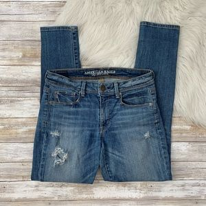 American Eagle Distressed Skinny Jeans size 6